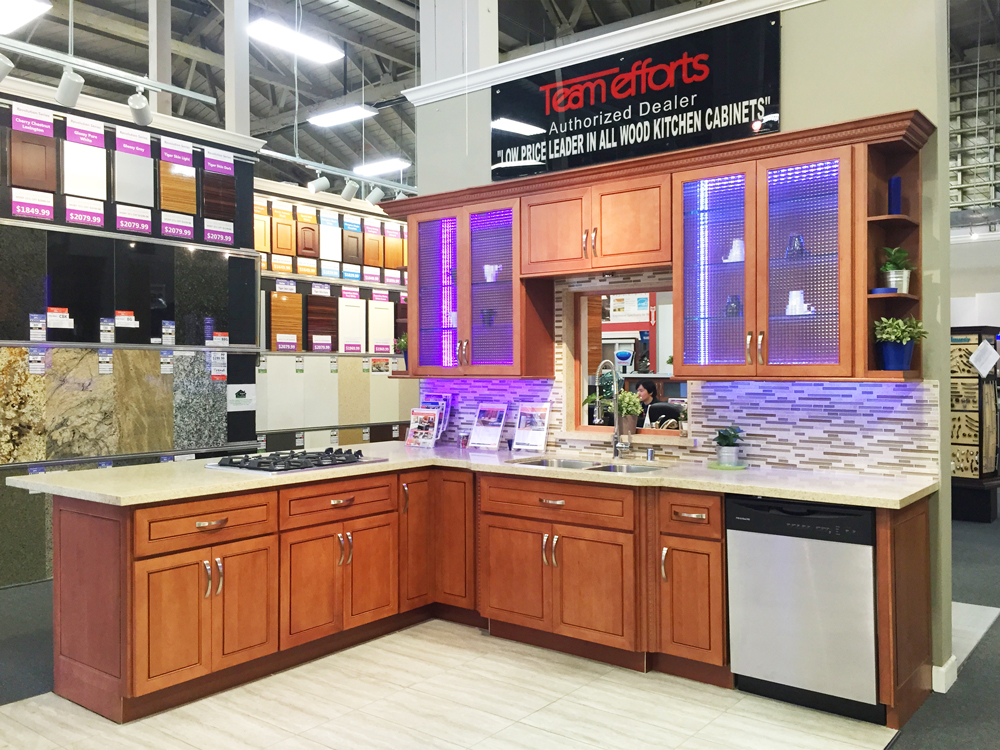 showroom displays and display kitchen kitchen classic kitchen lamp decor with white color. Black Bedroom Furniture Sets. Home Design Ideas
