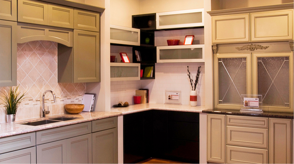 Deluxe Kitchen Cabinets In Bay Aera